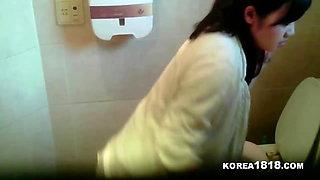 KOREA1818.COM -HOT Glamour Korean Girl Gets FUCKED
