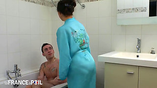 Fucking mrs marcel in the ass in the bath