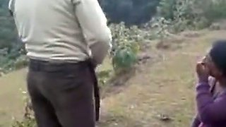 Slutty Indian mom gets her twat banged deep outdoors