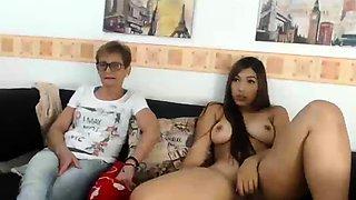amateur fionacam flashing boobs on live webcam