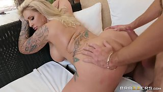 Thick Blonde With Big Booty Takes It On All Fours & Gives With Ryan Conner And Lucas Frost