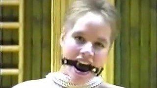Amatör svenska Bondage I genom snahbrandy