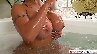 August taylor undresses &amp takes a bath