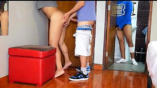 Amateur Porn Real Sex With Delivery Guy Near Hubby Part1