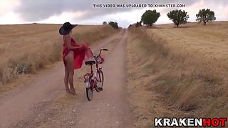 Krakenhot -  Voyeur video with a Girl Outdoor provocating