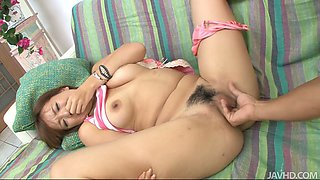 Nasty bitch Mei Hitomi is sucking miserable Asian dick in 69 position
