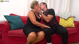 Tanned GILF seduce young lucky granny fucker
