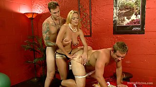 Two dudes and one slutty chick Darling enjoy having dirty threesome in a sex swing