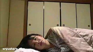 Japanese husband cheat when his wife sleep
