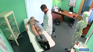 Jenny in Doctor prescribes an erotic massage for sexy blonde patient - FakeHospital