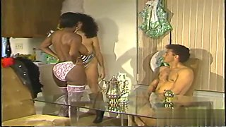 Threesome classic sex with ebony
