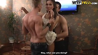 Horny Babes Get Fucked Against the Wall