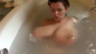 Milena bath