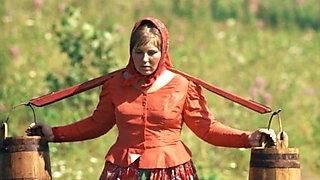 Beloe solntse pustyni (1969) 001 Galina Luchay