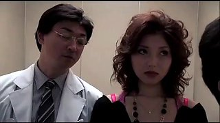 Japanese slut wife fucked with husband&#39s doctor (full: shortina.comsrhayvpa)