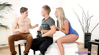 Blonde in a Bisexual Fun by BISEXEMPIRE