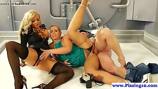 pissing glamour babes fuck and pee in trio