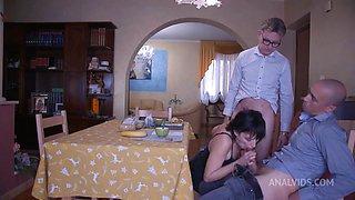 Crazy Family - Wife Destruction - (sabina Agos) - Pee D
