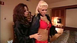 torrie wilson wrestling hot