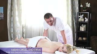 Pale blonde rides masseurs dick