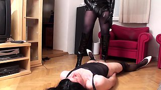 crossdresser Freddy get whipped by Lady jessica