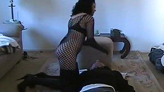 Amateur Mistress Has A New Slave