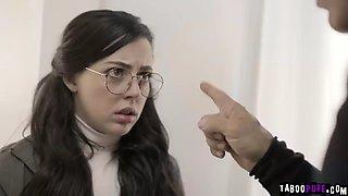 Stunning brunette gets her pussy eaten by derrick pierce