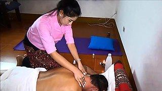 Amateur massage babe gives full service
