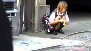 Money shot sharking scene of phenomenal schoolgirl receiving fresh jizz