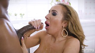 Horn-mad huge breasted MILF Richelle Ryan gives a terrific blowjob