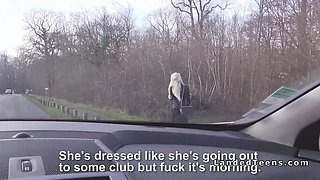 Blonde with red lips sucks cock in car