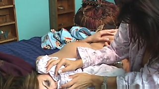 AmateurSmothering Video: Breast Fest