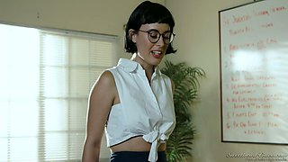 Horny teacher India Summer shows all the wonder of lesbian sex to one nerdy brunette