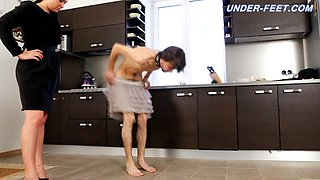 Mistres Nicole Videos - Under-Feet