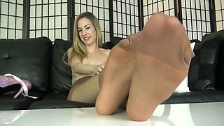 Emma Mayer pantyhose legs and feet joi