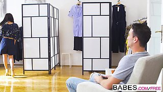 Babes - Step Mom Lessons - Changing Room Poon