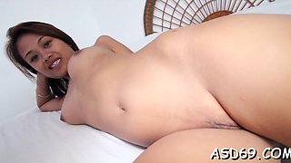 Sultry babe laiza gets her tiny pie screwed