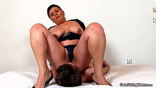Mature Face Sitting on her Slave - Danica