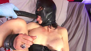 BDSM – extreme Deepthroat Fisting and Facefuck