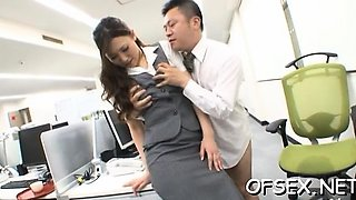 Tempting office bitch seduces her colleague on work
