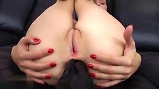 Amateur allure sucking huge cock