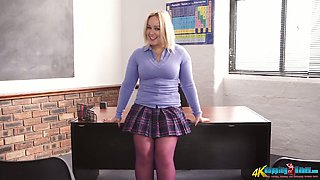 Curvy blonde beauty Ashley Rider gets rid of her sexy college uniform