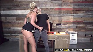 Brazzers - Big Tits at School - Phoenix Marie and Xander Corvus -  Breaking And Entering And Insertion