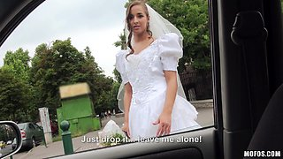 Pretty Bride With A Shaved Pussy Enjoying A Hardcore Missionary Style Fuck In A Car