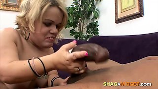 Blonde Midget Tries a Bbc
