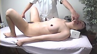 Big booty nude Japanese girl gets her twat fingered