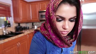 Arab porn with shy eastern virgin Ada and creampie