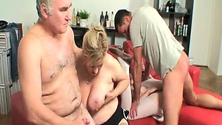Sue Pink in foursome with old couple