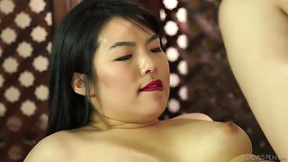 Nari Park - Hot Chick Gets A Big Cock Up Her Chinese Pussy After Massage