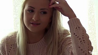 The search for an orgasm - Kayla Lyons is a blonde Czech beauty sensually masturbating with a vibrator
